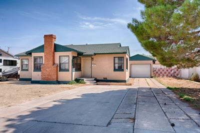 327 W GILMORE ST, Winslow, AZ 86047 - Photo 1