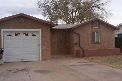513 HENDERSON ST, Winslow, AZ 86047 - Photo 1