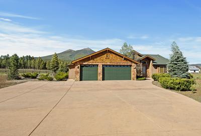 7400 N BRIGHT LEAF LN, Flagstaff, AZ 86001 - Photo 2