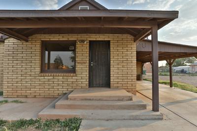 417 E OAK ST, Winslow, AZ 86047 - Photo 2