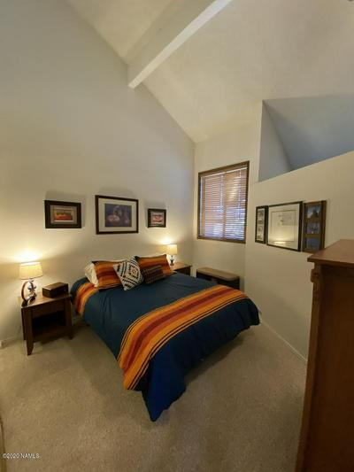 5700 N VILLA CIR UNIT 459, Flagstaff, AZ 86004 - Photo 2