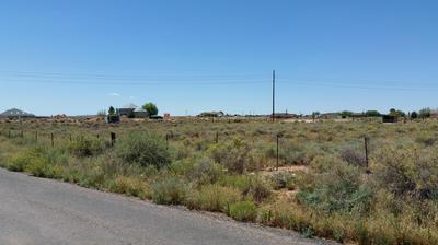 2101 PAINTED DESERT DR, Winslow, AZ 86047 - Photo 2