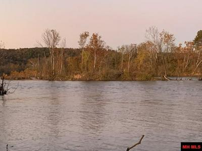 3452 COUNTY ROAD 108, Norfork, AR 72658 - Photo 2