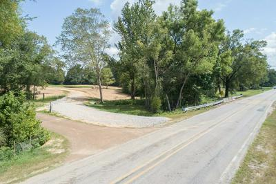 408 COTTON RD., TAYLOR, MS 38673 - Photo 2