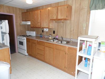 86 MAIN ST APT B, Wellsboro, PA 16901 - Photo 2