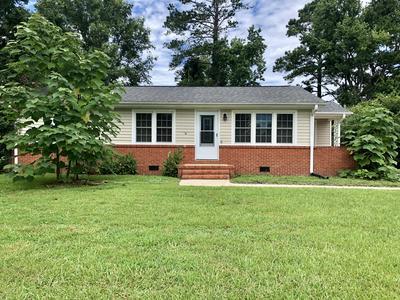 129 CARDINAL RD, Jacksonville, NC 28546 - Photo 1
