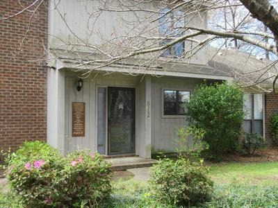 812 HIDDEN BRANCHES CLOSE, WINTERVILLE, NC 28590 - Photo 1