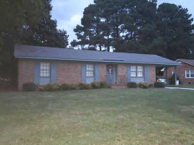 1806 OAKDALE DR W, Wilson, NC 27893 - Photo 1