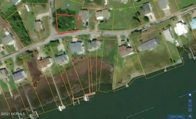 114 GRANT ST, Sneads Ferry, NC 28460 - Photo 2