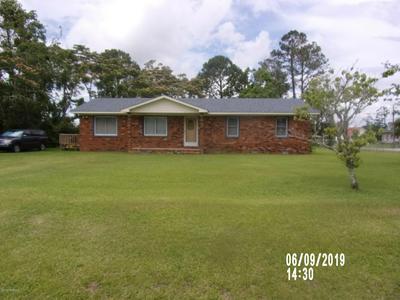 121 SHELL LANDING RD, Beaufort, NC 28516 - Photo 2