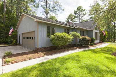 810 WIND WAY, New Bern, NC 28560 - Photo 2