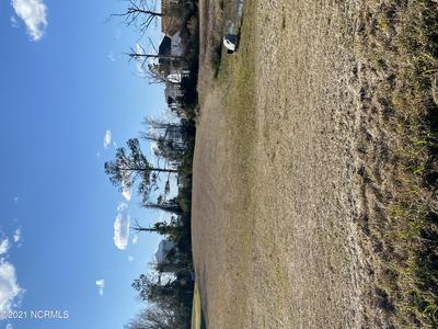 408 ISLAND VIEW DR, Newport, NC 28570 - Photo 1