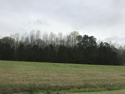 3032 FOXHALL LN, FARMVILLE, NC 27828 - Photo 1