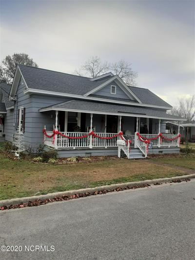 309 E WALTER ST, Whiteville, NC 28472 - Photo 1