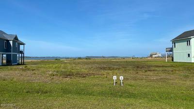 211 BAYS END CT, Harkers Island, NC 28531 - Photo 1