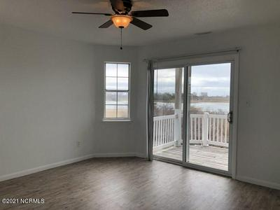 119 GRANT ST, Sneads Ferry, NC 28460 - Photo 2