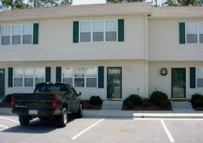 51 PIRATES COVE DR, Swansboro, NC 28584 - Photo 1