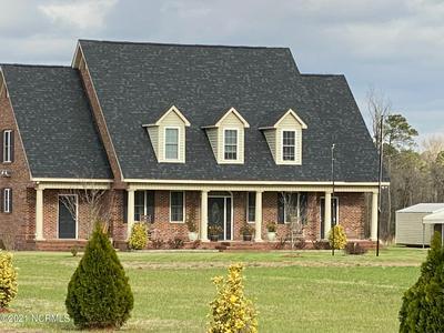 591 REEDSFORD RD, Clinton, NC 28328 - Photo 2
