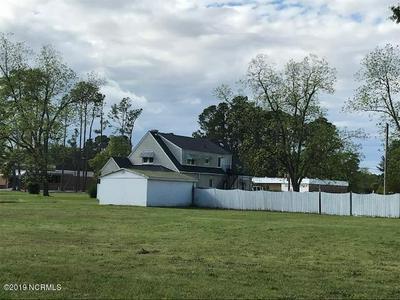 104 FAYETTEVILLE STREET, Salemburg, NC 28385 - Photo 2