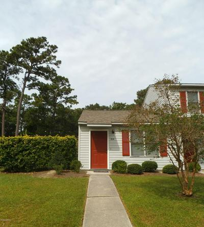 10 PORTWEST TOWNHOUSES APT A, Swansboro, NC 28584 - Photo 1