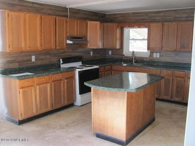 989 PLANTATION RD, Trenton, NC 28585 - Photo 2