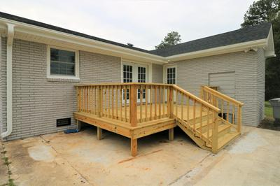 143 PINE GROVE RD, Whiteville, NC 28472 - Photo 2