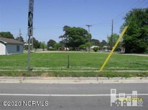 1 N EAST STREET, Roseboro, NC 28382 - Photo 1