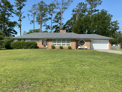 212 KNOX DR, Morehead City, NC 28557 - Photo 1