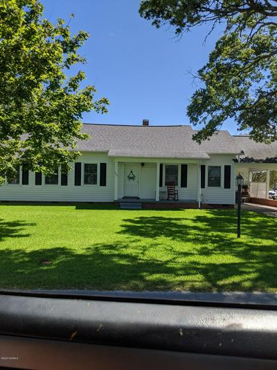 602 E SABISTON DR, Swansboro, NC 28584 - Photo 1