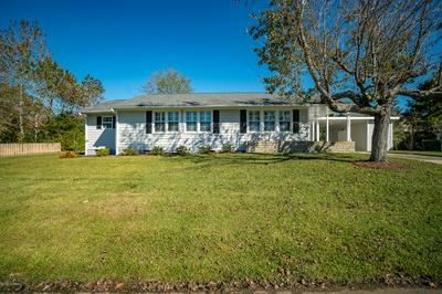 632 W SHORE DR, Swansboro, NC 28584 - Photo 2