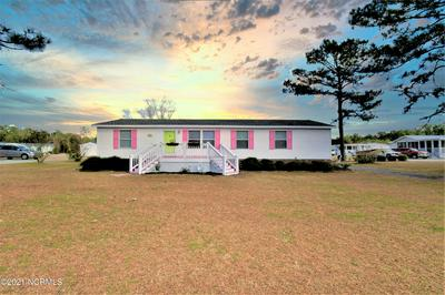 403 CLEARWATER DR, Newport, NC 28570 - Photo 2