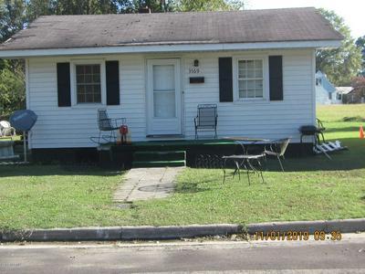 3569 S BARRETT ST, FARMVILLE, NC 27828 - Photo 2