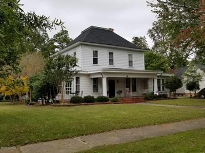 300 E WASHINGTON ST, Nashville, NC 27856 - Photo 1
