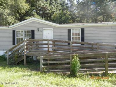 90 OAKWOOD DR, Whiteville, NC 28472 - Photo 2