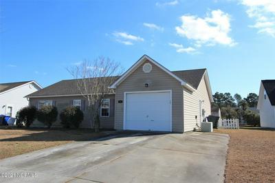 105 HUNTMASTER CT, Newport, NC 28570 - Photo 2