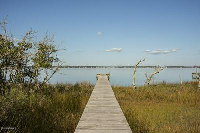 522 PELICAN DR E, Pine Knoll Shores, NC 28512 - Photo 2
