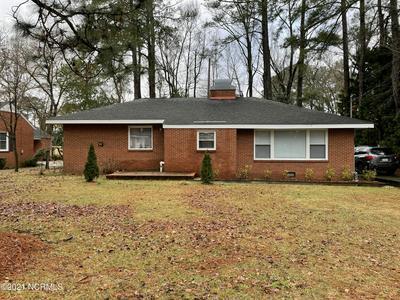 419 LAFAYETTE ST, Clinton, NC 28328 - Photo 1