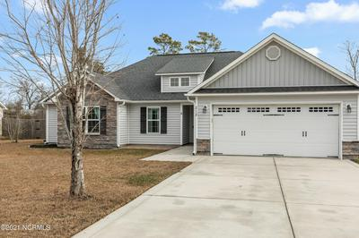 212 MARSH HAVEN DR, Sneads Ferry, NC 28460 - Photo 2