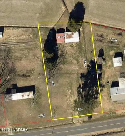635 GRAY RD, Vanceboro, NC 28586 - Photo 1