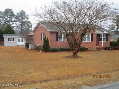 119 KIMBROUGH RD, Clinton, NC 28328 - Photo 1