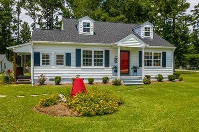 1194 NINE FOOT RD, Newport, NC 28570 - Photo 2
