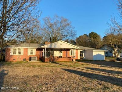 204 PARK DR, Roseboro, NC 28382 - Photo 2