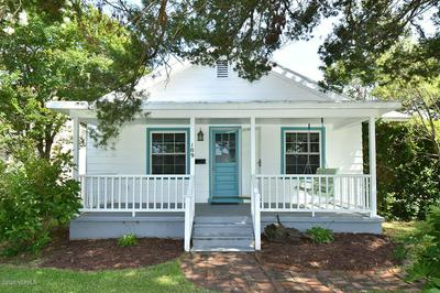 109 WILLOW ST, Beaufort, NC 28516 - Photo 2