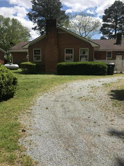 4354 W WILSON ST, Farmville, NC 27828 - Photo 2