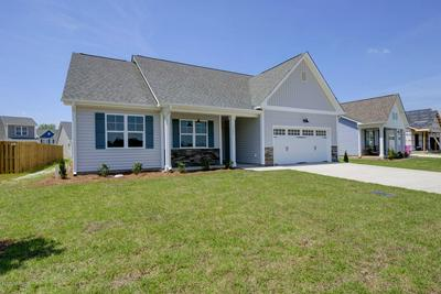 2119 BLUE BONNET CIR, Castle Hayne, NC 28429 - Photo 2