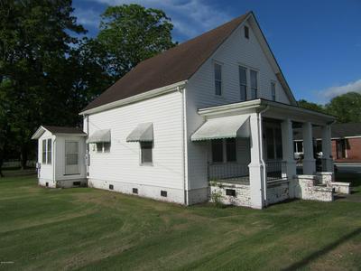402 MAIN ST, Bayboro, NC 28515 - Photo 1