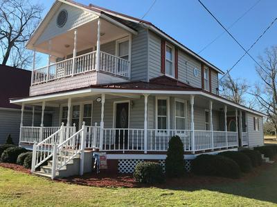 401 S ASHE ST, Bladenboro, NC 28320 - Photo 2