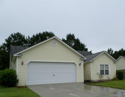 105 BUTTERNUT CIR, Jacksonville, NC 28546 - Photo 2
