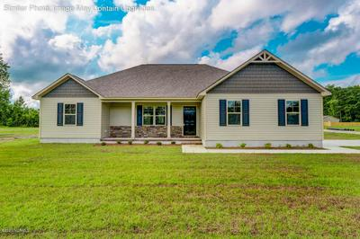 253 BREAKWATER DR, SNEADS FERRY, NC 28460 - Photo 1