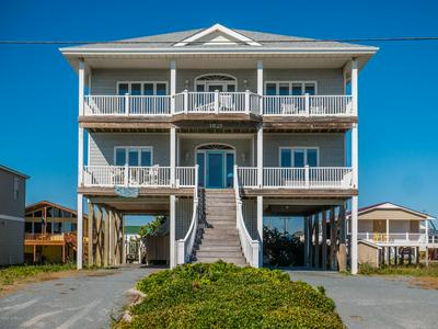 1821 N SHORE DR, Surf City, NC 28445 - Photo 1
